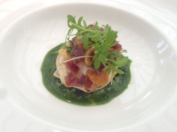 Soft fried hen's egg, watercress puree and Jabugo ham